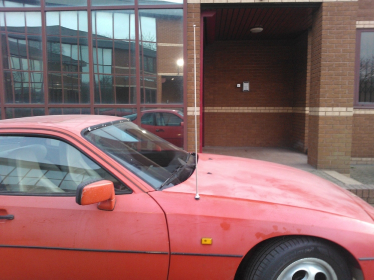 Porsche 924S Aerial Full Mast