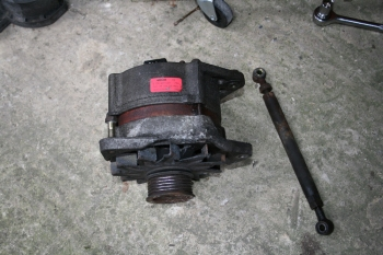 Alternator taken from Porsche 924S