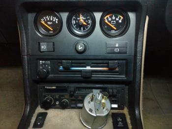 Porsche 924S Instruments