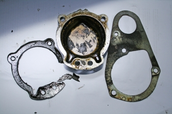Porsche 924S Cam Cover and Gasket