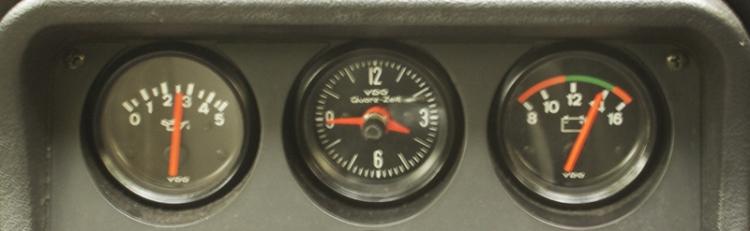 Porsche 924S Dials