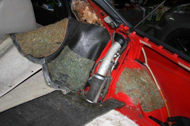 Porsche 924 Fuel Filler