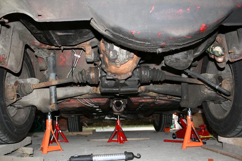 Watch further  likewise 1409 Spec Clutch 1987 Porsche 944 Turbo V8 Swap likewise Dub Club Syndicate 1st July 2015 besides Watch. on porsche 928 engine swap
