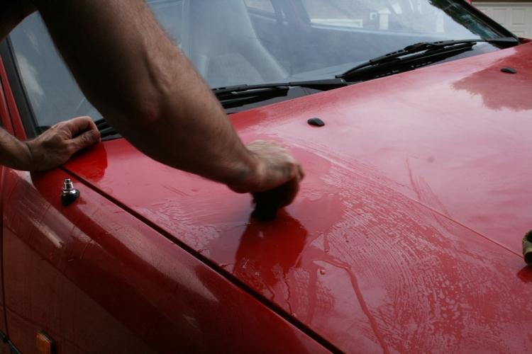Porsche 924 S Paint Clay Bar