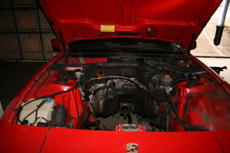 Porsche 924 S Engine Bay Empty